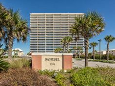Sanibel 904 Gulf Shores (Alabama) Located in Gulf Shores, this apartment is 16 km from Orange Beach. The unit is 19 km from Foley. Free WiFi is provided . The kitchen has a dishwasher, an oven and a microwave, as well as a coffee machine.