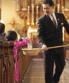 Magazine profile focuses attention on Church finances  Article calls U.S. Catholic money management a 'holy mess.' Church experts decry 'innuendo, error'    By Brian Fraga - OSV Newsweekly, 9/9/2012