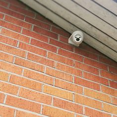 Images FHD Haute Qalité: Avec une résolution de 1920* 1080P,vous pouvez parfaitement enregistrer les moments de croissance de votre enfant et enregistrer les merveilleux moments de la famille et des animaux domestiques. Vision Nocture: 9 LEDs infrarouge 850nm vous permet de visionner une vision nocturne extra-claire pendant la nuit jusqu'à 30 pieds, vous offrez une très fluide et claire vidéo et image toute la nuit. Audio Bidirectionnel: Avec le microphone et le haut-parleur intégrés, vous pouve Camera Surveillance Wifi, Carte Sd, Nocturne, Images, Door Handles, Night, Kid, Door Knobs