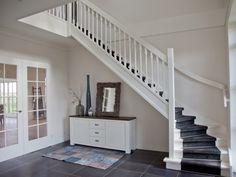 Modelwoningen in 2020 Belgian Style, New Builds, Second Floor, Stairways, Home Improvement, Entryway, New Homes, Villa, Home And Garden