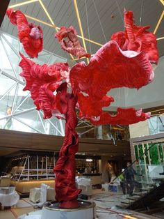 Peter Gentenaar's Cherry Tree Paper sculpture for the TUI cruise ship, Mein Schiff It's located in the Japanese themed Champagne bar and is about 10 meters high. Instalation Art, Mannequin Art, Champagne Bar, Joy To The World, Cherry Tree, Conceptual Art, Ikebana, State Art, Ramadan