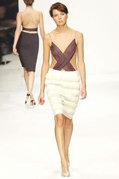 Jasper Conran | Fall 2003 Ready-to-Wear Collection | Style.com
