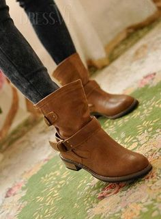 Cheap ankle boots on dressve - Travel and Fashion Tips by Anna P.
