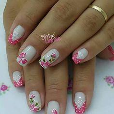 uñas frances rosa V flores, lazos y puntos