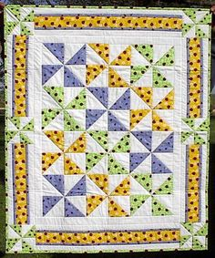 Ladybug Pinwheel baby quilt