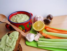 Legjobb receptjeim- avagy az étkezés összetartja a családot: AVOKÁDÓ KRÉM PERCEK ALATT