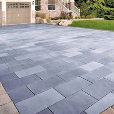 Most Popular Modern Driveway Paving Ideas and Layouts - front yard ideas modern Block Paving Driveway, Modern Driveway, Stone Driveway, Driveway Design, Stone Walkway, Driveway Landscaping, Modern Landscaping, Driveway Ideas, Asphalt Driveway