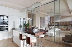 Puertas de cocina o cómo integrar la cocina en el salón-comedor                                                                                                                                                                                 Más