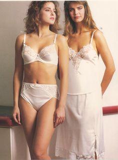 2 elegantly beautiful ladies!