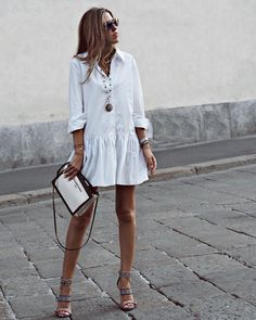 Summer Inspiration 2018 Cute Summer Dresses, Boho Summer Outfits, Stylish Summer Tops and Shorts Picture Description Just – right? I love simple, white summer fashion Preppy Summer Outfits, Cozy Winter Outfits, Cute Summer Dresses, Stylish Outfits, Spring Outfits, Mini Dresses, Street Style, Street Chic, Street Fashion