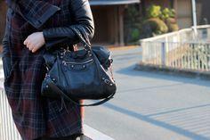 black leather #bag :: #Balenciaga