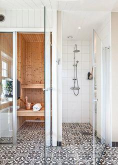 Un spa à la maison / Ciment tiles on the bathroom