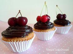 Cupcake de Baunilha e Chocolate