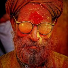"""""""Gulaal, smeared smiles during the colour extravaganza in the land of Devine courtship pradesh Holi Colors, Colours, Hindu Calendar Months, Celebration Love, India Asia, Painted Boxes, Photo Projects, Incredible India, Photojournalism"""