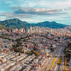 Bella, Paris Skyline, City, Travel, Pretty Men, Colombia, Cities, Scenery, Viajes