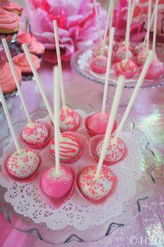 Lovely #cakepop display #hotpinkparty #birthday
