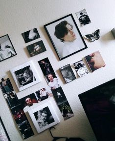 Room Ideas Bedroom, Bedroom Decor, One Direction Room, Harry Styles Poster, Cute Room Decor, Pretty Room, Room Goals, Aesthetic Bedroom, House Rooms