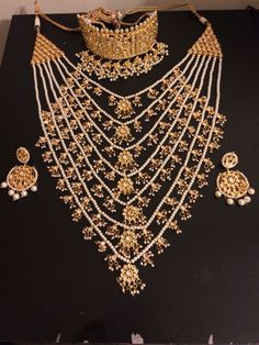 Sanjeeda kundan bridal set with choker earrings and satlada - Deccan Pearls and Jewellery Bridal Jewelry Sets, Bridal Sets, Bridal Jewellery, Handmade Jewellery, Bridal Bangles, Earrings Handmade, Indian Wedding Jewelry, Indian Jewelry, Pakistani Jewelry