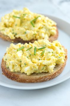 Simple Egg Salad Recipe from www.inspiredtaste.net #recipe