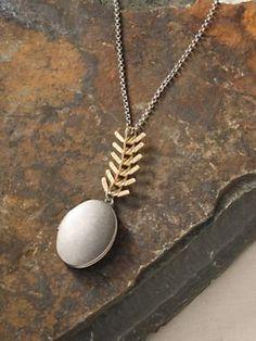 Women's Fishbone Locket Necklace | Sahalie
