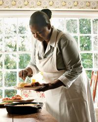 The Help: Southern Food - Crispy fried chicken, silky collard greens, delicate tea sandwiches, Southern food never looked more delicious than it does in the film...http://www.foodandwine.com/articles/the-help-southern-food