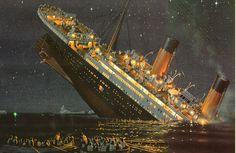 À minuit 20, le capitaine Smith ordonne l'évacuation du navire. Il va être englouti avec lui deux heures plus tard. Se brisant en deux, le paquebot sombre et repose depuis lors par 3800 mètres de fond...