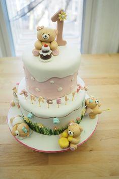 Two Tiered Forever Friends Cake  #customcake #nyccakes #nyccakes2016 #tieredcake #bearcake #foreverfriends #teddybearcake #birthdaycake #birthdaypartyideas #babyshowercake #celebrationcake #sweetsbymika   Cake by : @sweetsbymika  Picture by : @haristjio