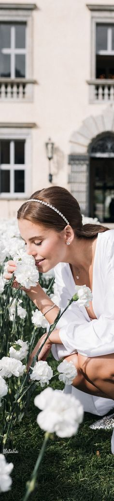Miss D, Floral Fashion, Love Flowers, Mother Nature, Love Her, Snow Flakes, Seasons, Green, Summer
