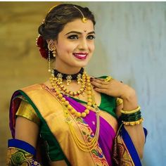 indian wedding photography stills Marathi Bride, Marathi Wedding, Saree Wedding, Wedding Bride, Marathi Saree, Wedding Bells, Indian Wedding Couple Photography, Bride Photography, Mehendi Photography