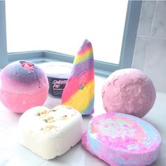 #lush #bathbombs #bubbles Tisty Tosty, unicorn horn, twilight, sex bomb, granny takes a dip