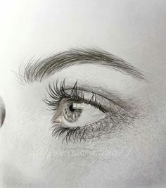 Photo hyper realistic drawings & paintings - oil/pencil/charcoal в 2019 Pencil Portrait, Portrait Art, Pencil Drawing Images, Illusion Kunst, Realistic Eye Drawing, Art Drawings Sketches, Eye Drawings, Art Illustrations, Eye Art