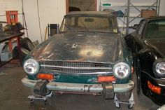 Pulled Out Of A Barn Last Week: 1974 Triumph TR6 - http://barnfinds.com/pulled-out-of-a-barn-last-week-1974-triumph-tr6/