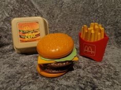 mcdonalds play food | Vtg Fisher Price Fun with Play Food McDonalds 2161 Big Mac ...
