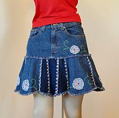 Artículos similares a Short Blue Jeans Skirt  - Urban Garden Upcycled Short Denim Skirt en Etsy