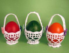 Crochet-Covered Easter Eggs - Set of 4 - Easter Tree Decoration - Home Decor - Housewarming Easter Gift - Crochet Ornaments - Spring Decor Holiday Crochet, Crochet Gifts, Free Crochet, Easter Crafts For Kids, Easter Gift, Grannies Crochet, Easter Tree Decorations, Easter Crochet Patterns, Crochet Ornaments