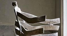 Hoe abstracte bronzen beelden diepe emoties kunnen tonen