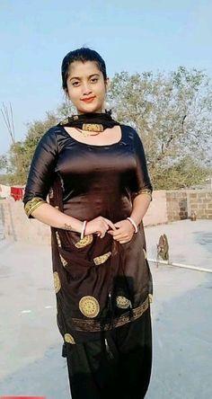 South Indian Actress Hot, Indian Bollywood Actress, Bollywood Actress Hot Photos, Indian Actress Hot Pics, Bollywood Girls, Beautiful Bollywood Actress, Beautiful Actresses, Beautiful Muslim Women, Beautiful Girl Indian
