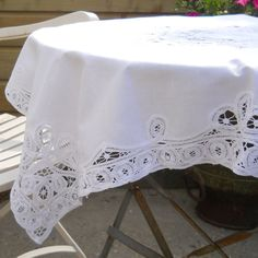vintage white embroidered tablecloth Battenberg by minoucbrocante