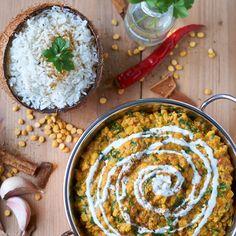 Palak Chana Dal | indisches Kichererbsen Spinat Linsengericht | Indian Chickpea Spinach Curry | Rezept auf carointhekitchen.com