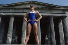 East Germany Kristin Otto posing in front of the Tomb of the Unknown Soldier. Berlin, East Germany - Erstklassige Nachrichtenbilder in hoher Auflösung bei Getty Images Neil Leifer, 1984 Olympics, Grit And Grace, Unknown Soldier, Female Soldier, Summer Games, East Germany, Iconic Photos, Great Women