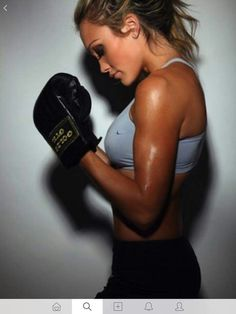 although i have bruised joints, this is TRUE! great overall body workout that completely ruins your manicure Best Sports Quotes, Sport Quotes, Boxing Girl, Women Boxing, Mma, Home Boxing Workout, Boxing Quotes, Tough Girl, Fit Motivation