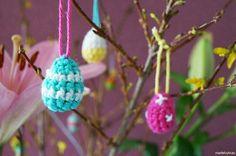 Haak nog snel wat eitjes voor in je paastak of voor op de brunchtafel! | gratis haakpatroon op www.madebykras.nl