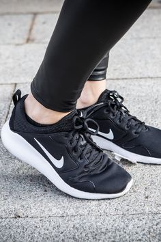 Best Nike Shoes on Sale 2021 Health And Fitness Tips, You Fitness, Fitness Goals, Nike Shoes For Sale, Pumped Up Kicks, High Level, Workout Gear, Cool Things To Make, Just Go