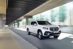 Mercedes-Benz X-Class – Exterior, bering white metallic, design and equipment line POWER