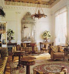 Salon of a Fifth Avenue apartment, New York, designed by Peter Marino#interiordesign