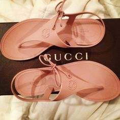 Gucci jelly sandals. Jelly sandals are essentials for the summer!