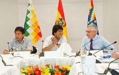 Equipo jurídico boliviano diseña estrategia para demanda contra Chile