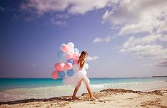 nevermind how she found balloons on a secluded beach. Sweet 16 Photos, Its A Girl Balloons, Beach Sessions, Birthday Photography, Beach Shoot, Summer Dream, Summer Time, Photoshoot Inspiration, Photoshoot Ideas