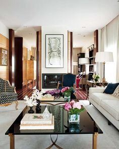 French Apartment - Stunning!  http://yaydecor.com/2013/09/24/french-stunner/