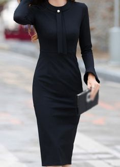 Fashion Tips Dresses Round Neck Back Slit Black Sheath Dress.Fashion Tips Dresses Round Neck Back Slit Black Sheath Dress Tight Dresses, Casual Dresses, Fashion Dresses, Dresses For Work, Dresses Dresses, How To Have Style, Modelos Fashion, Black Dress Outfits, Club Party Dresses